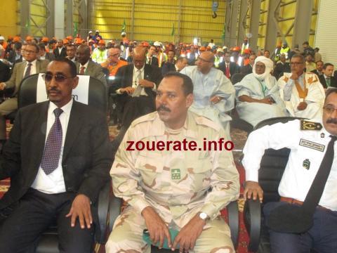 حاكم افديرك وقائد المنطقة العسكرية الثانية في تيرس زمور والمدير الجهوي للأمن
