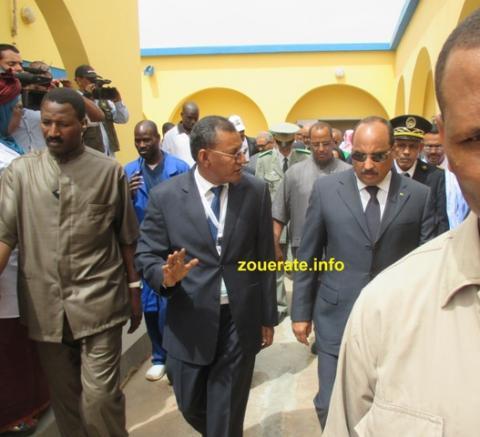 الرئيس رفقة وزير الصحة في المستشفى الجهوي بازويرات