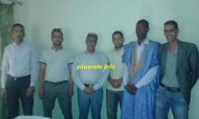 في الصورة حاكم ازويرات رفقة أعضاء من فريق قدماء ازويرات  والمندوب الجهوي للشباب والرياضة والأمين العام للمقاطعة