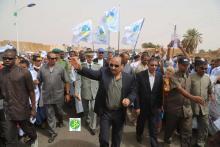 ولد عبد العزيز لدى وصوله افديرك-تصوير الوكالة الموريتانية للأنباء