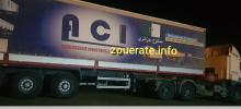 إحدى الشاحنات الجزائرية خلال توقفها في سوق ازويرات الاسبوع الماضي