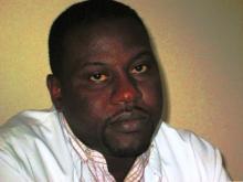 الطبيب الرئيس في المركز الصحي بافديرك الدكتور محمد محمود ولد خيار(الصورة لموقع الثوابت)